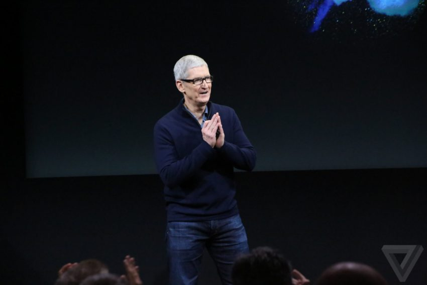 tim cook 1 850x567 Bilan keynote : Apple TV, MacBook Pro, Touch Bar