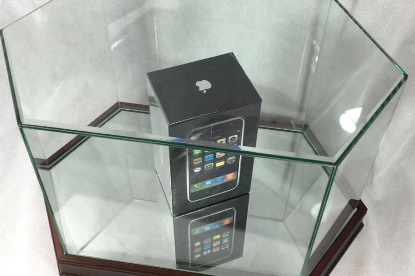iphone edge 850x566 iPhone Edge : les prix sur eBay montent jusquà 10 000 $