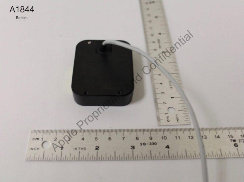 fcc apple 2 850x635 FCC : le mystérieux device dApple se dévoile en images