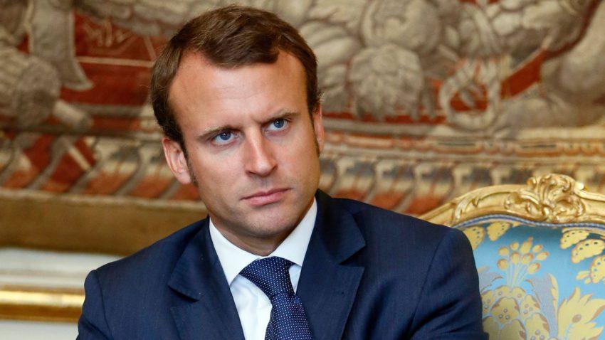 emmanuel macron Terrorisme : Emmanuel Macron sattaque aux messageries cryptées