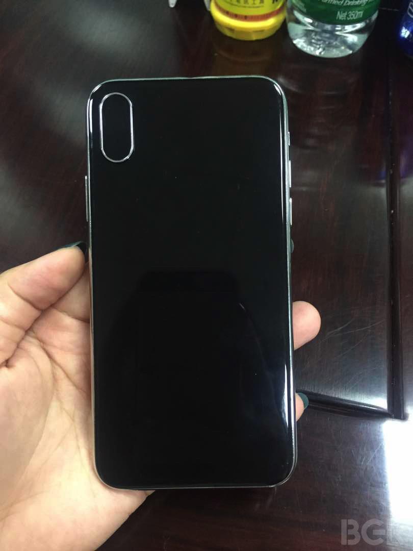 bgr iphone 8 mockup 3 iPhone 8 : une nouvelle maquette se dévoile en photos