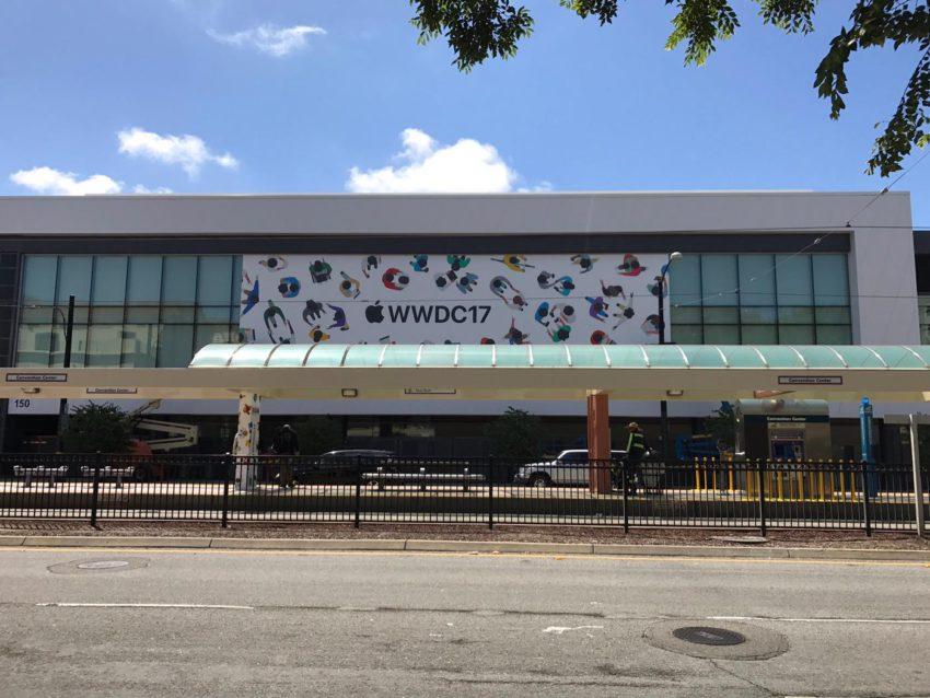 wwdc 2017 decorations 2 WWDC 2017 au McEnery Convention Center : les décorations commencent !