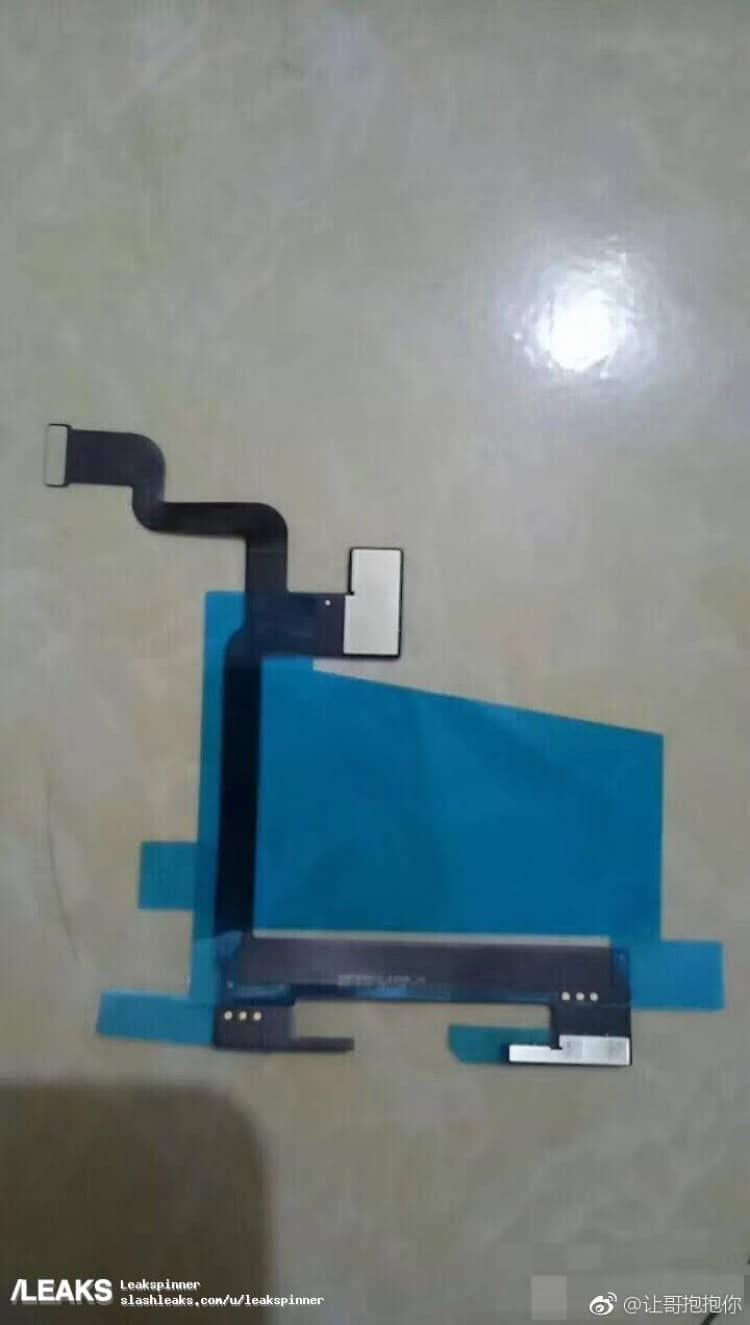 Fuite : photos de lassemblage de lécran OLED de liPhone 8