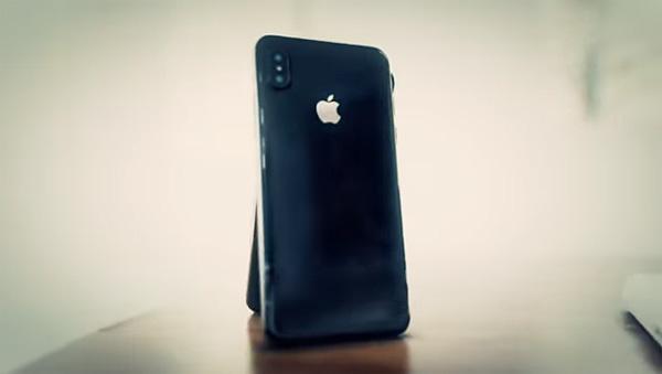 iphone rendu traces doigts LiPhone 8 devrait être sensible aux traces de doigts