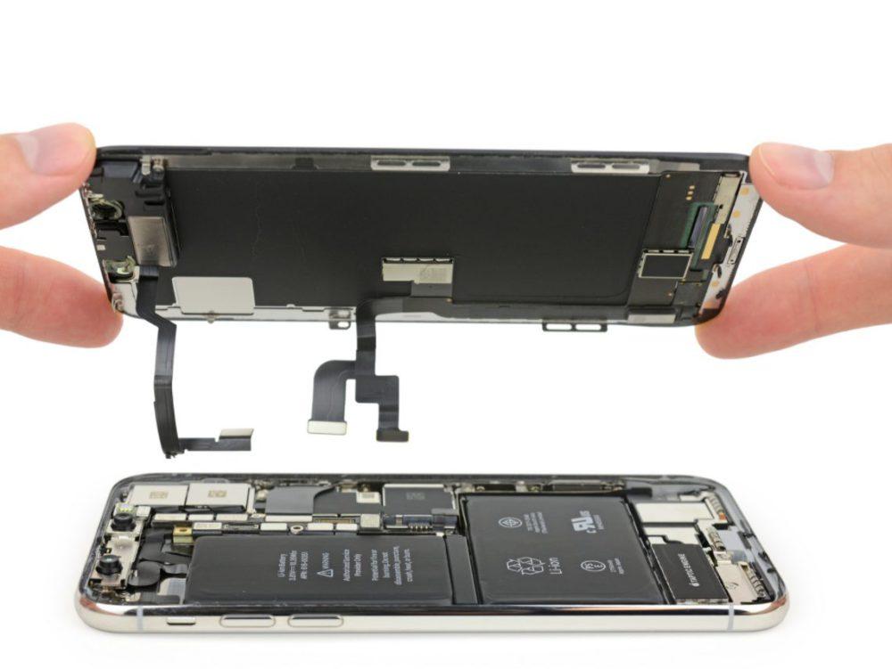 Capture d'écran 2017 11 03 à 16.58.09 iFixit démonte liPhone X : double batterie en L, câbles entrelacés et plus