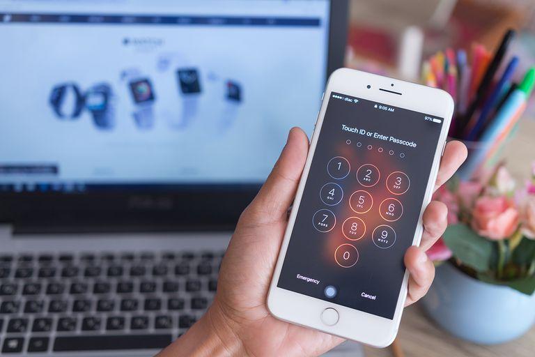 comment d bloquer ou d verrouiller un iphone mot de pass oubli. Black Bedroom Furniture Sets. Home Design Ideas