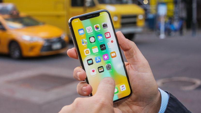iPhone X 22% des utilisateurs diPhone comptent acheter le nouveau modèle en 2018