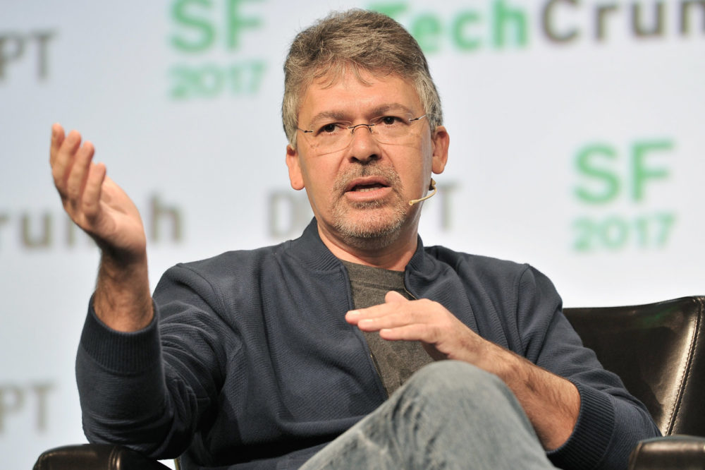Apple recrute John Giannandrea en charge de lIA chez Google