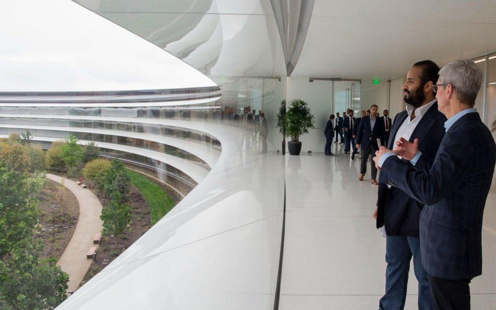 Prince Heritier Arabie Saoudite Apple Park 3 Mohammed ben Salmane (prince héritier de lArabie Saoudite) en visite à lApple Park