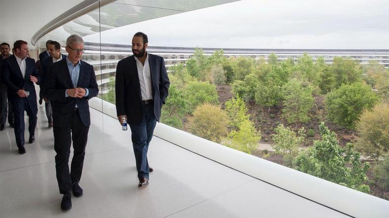 Prince Heritier Arabie Saoudite Apple Park 4 Mohammed ben Salmane (prince héritier de lArabie Saoudite) en visite à lApple Park