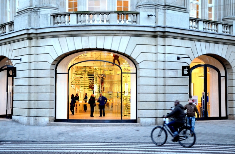 Apple Store Amsterdam Explosion dun iPad dans lApple Store dAmsterdam