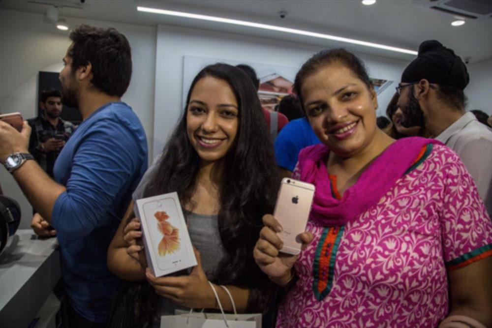 apple inde iphone 6s 1000x667 Inde : la vente des appareils Apple en ligne est pour le troisième trimestre 2020