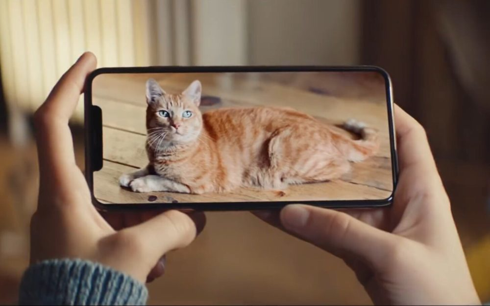 iPhone XS Max Pub YouTube 1000x626 Apple partage une nouvelle publicité vantant le grand écran de liPhone XS Max
