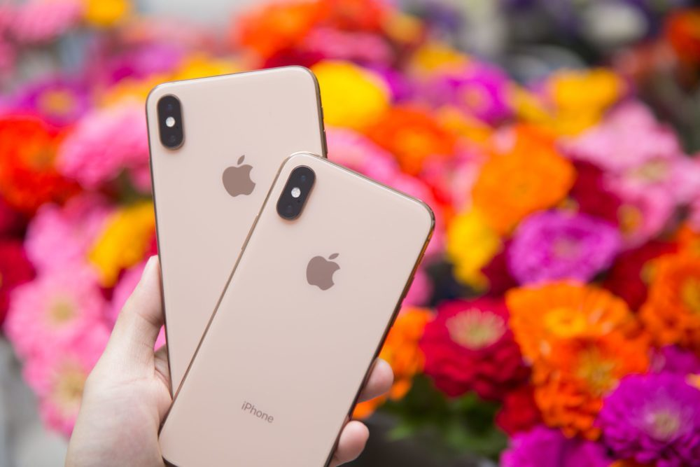iPhone XS et iPhone XS Max 1 1000x667 Certains iPhone XS et iPhone XS Max ne se rechargent pas automatiquement quand on branche le câble dalimentation