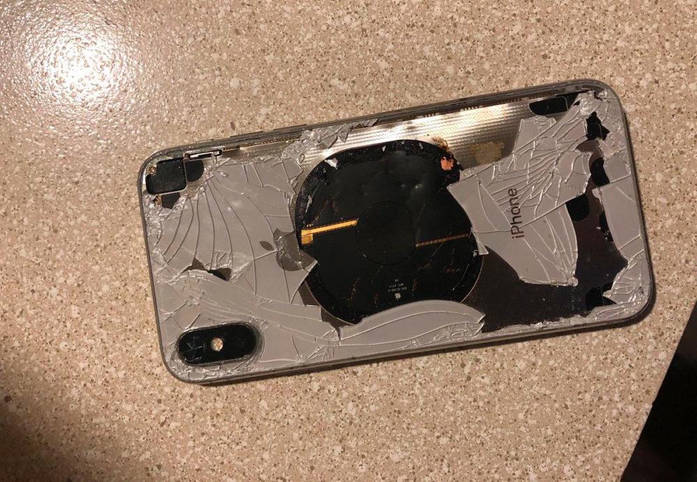 iPhone X Feu 1000x692 Insolite : un iPhone X explose après la mise à jour vers iOS 12.1