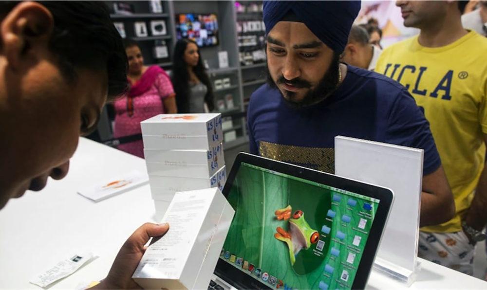 iphone inde 1000x596 Les ventes diPhone en Inde baissent considérablement, mais Tim Cook reste optimiste