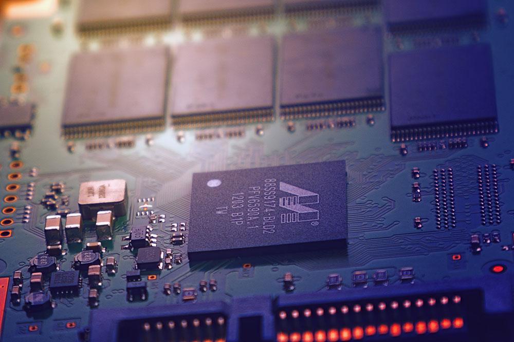 apple conception iphone Le processus de conception des circuits imprimés de nos iPhone