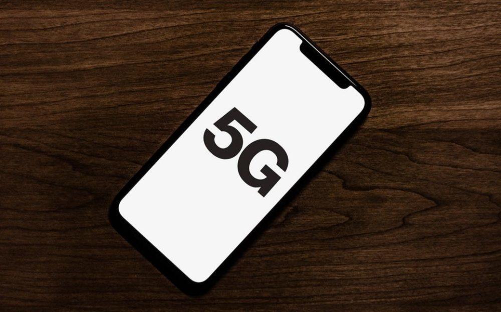 Tim Cook évite les questions concernant liPhone 12, le premier iPhone 5G, mais...