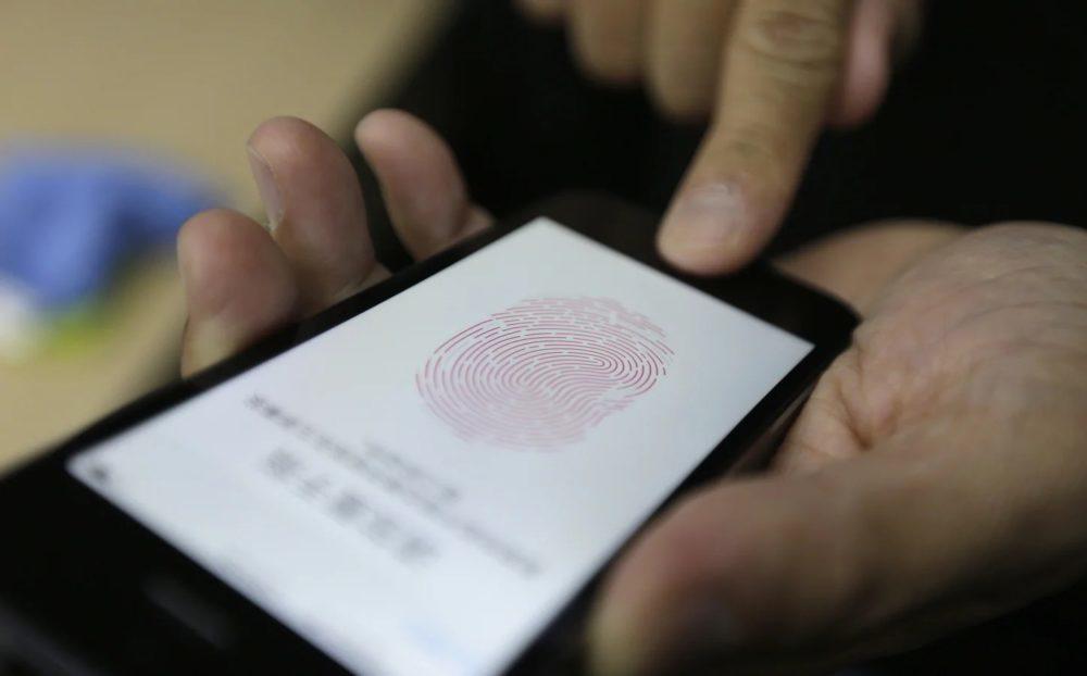 Touch ID iPhone Lecteur Empreinte Digitale 1000x622 Touch ID pourrait faire ses retours sur iPhone, mais cette fois, sous lécran
