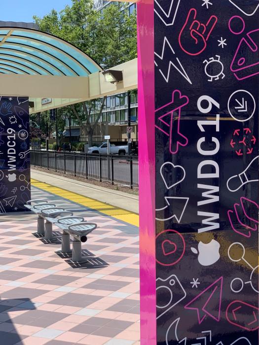 WWDC 2019 Decoration 1 WWDC 2019 : Apple commence à décorer le McEnery Convention Center pour la keynote