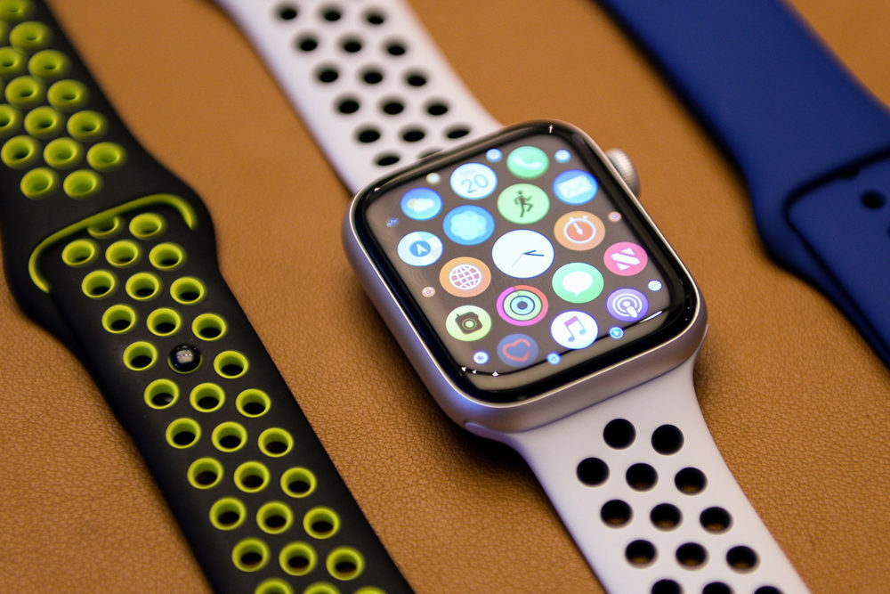 apple watch series 4 1000x667 SFR va bientôt proposer leSIM sur lApple Watch