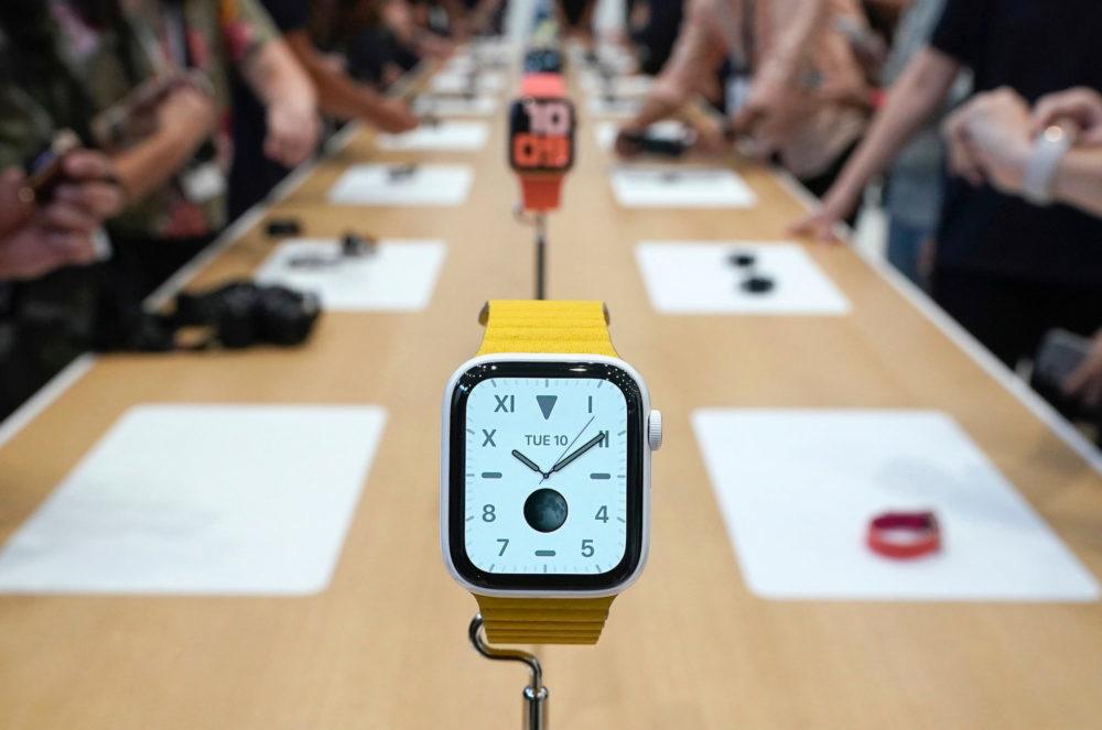 Apple Watch Series 5 Apple Bracelet Jaune 1000x663 Les ventes dApple Watch ont augmenté de 51% au troisième trimestre de 2019