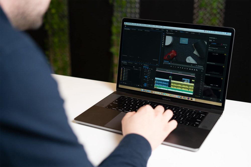 macbook pro 15 2019 macOS Catalina 10.15.3 bêta indique un Mode Pro pour booster les performances sur les Mac