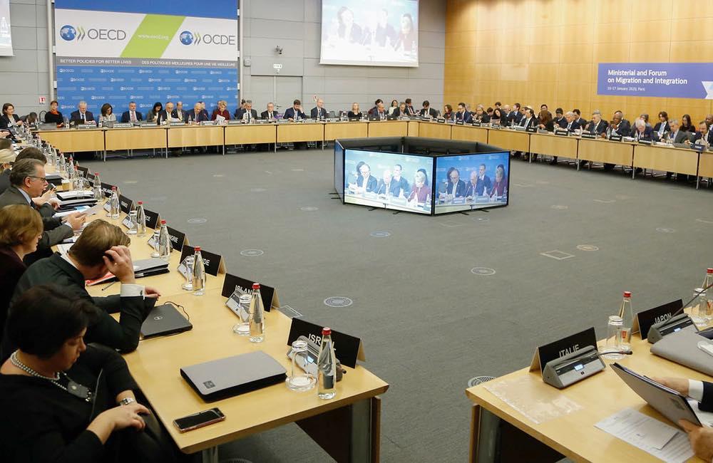 ocde 137 pays impots 137 pays commencent à travailler sur les règles fiscales : Tim Cook soutient l'approche de l'OCDE