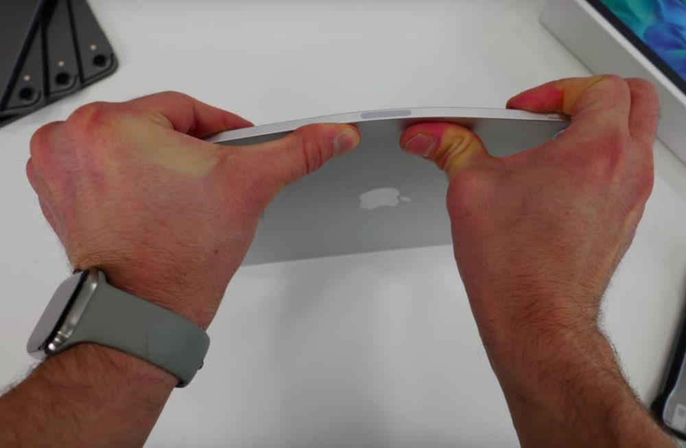 iPad Pro 2020 Bend Test Attention, nessayez surtout pas de plier votre iPad Pro 2020