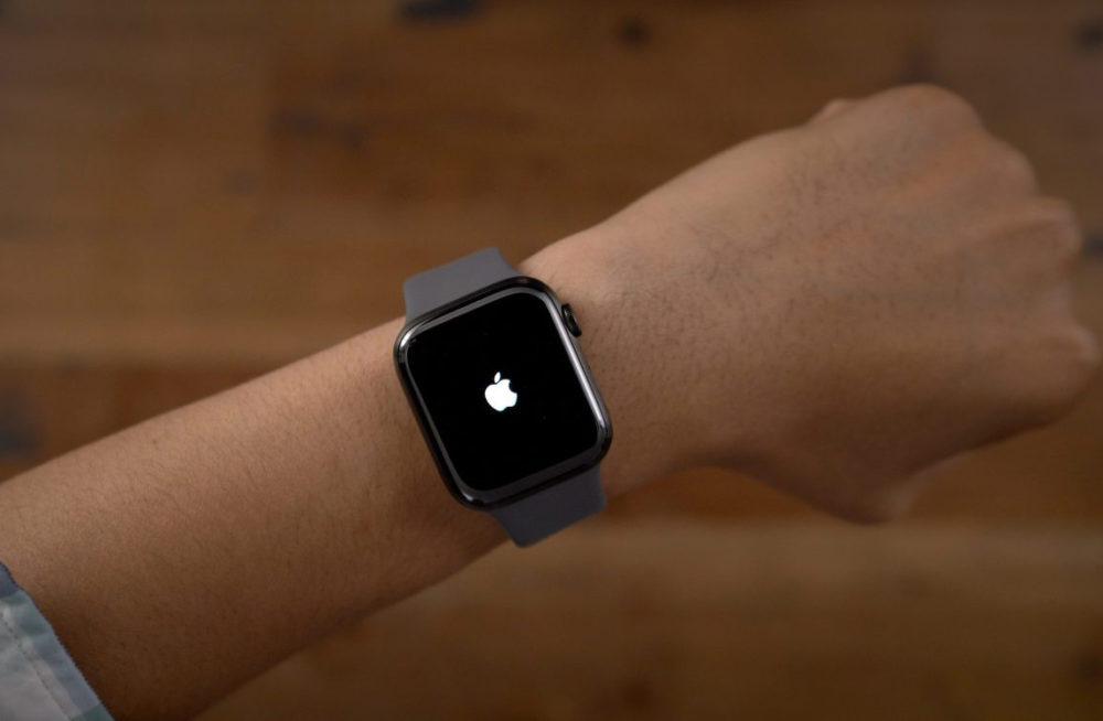 Apple Watch Series 5 watchOS 6.2.1 est disponible : le bug FaceTime est corrigé