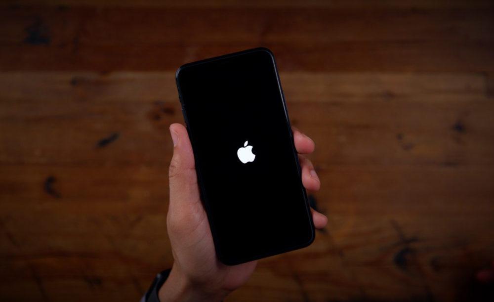 OS Recovery iOS 13.4 Apple Logo Il est désormais impossible de mettre à jour et de restaurer un iPhone vers iOS 13.6.1