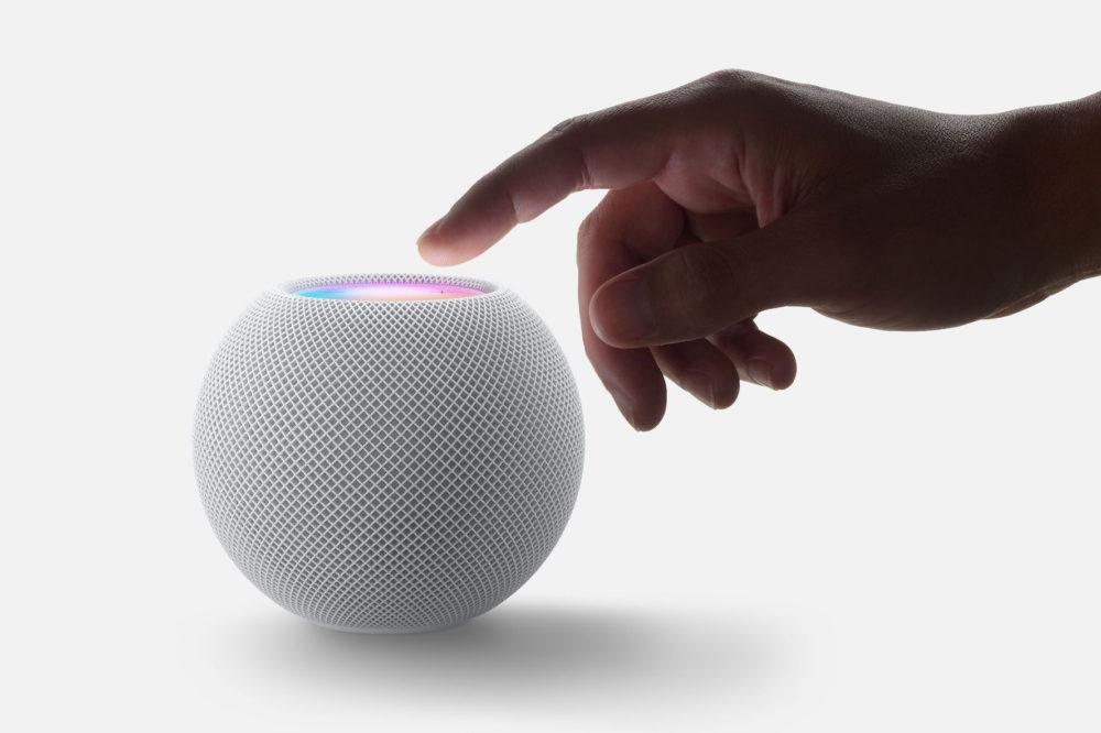 HomePod mini Mains HomePod mini : un mini haut parleur intelligent avec de nouvelles fonctionnalités Siri pour 99 dollars