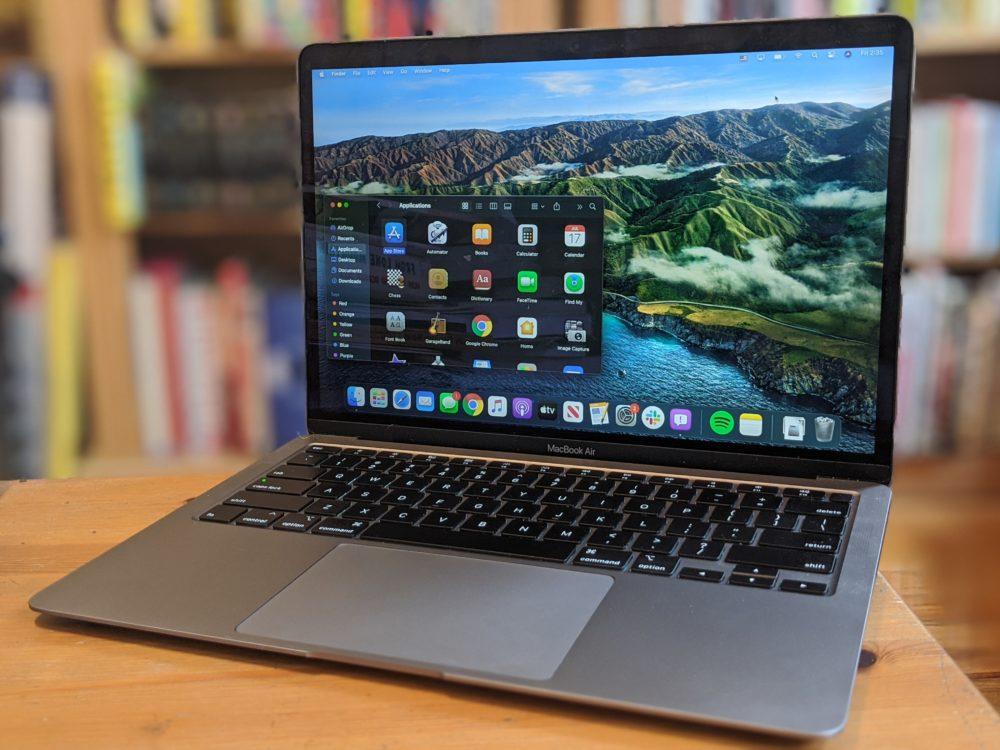 macOS 11 Big Sur Apple MacBook Pro Des MacBook Intel seraient également attendus en 2021 avec un nouveau design
