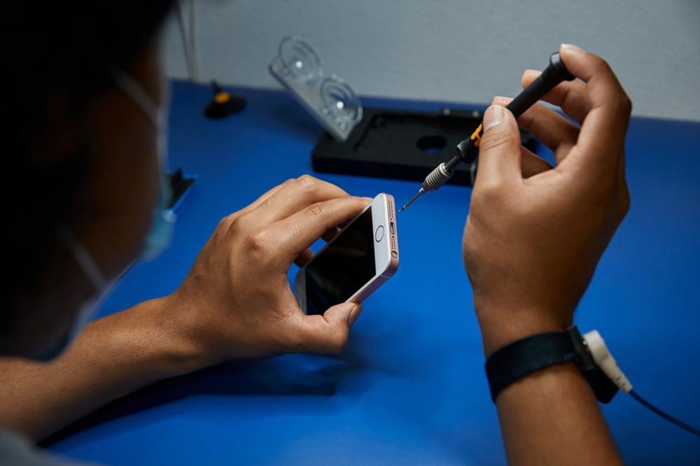 Apple Repair Program Update Le programme pour les réparateurs indépendants dApple est étendu dans le monde