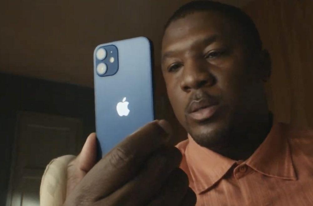 iPhone 12 mini Pub Apple Apple pourrait abandonner le modèle mini (de 5,4 pouces) en 2022 avec liPhone 14