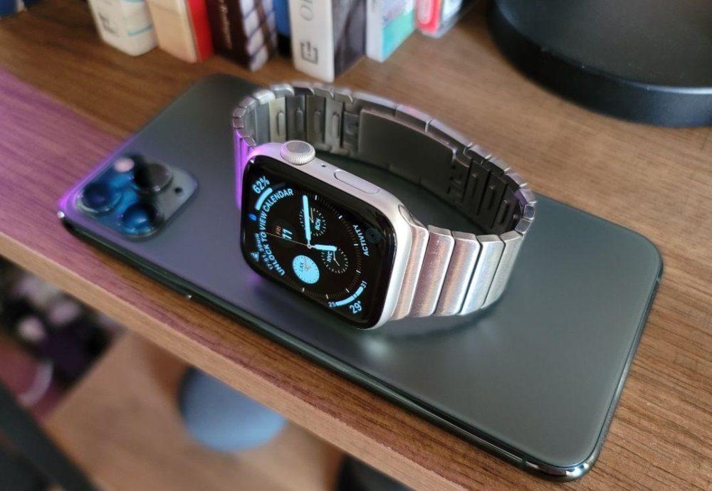 iPhone et Apple Watch iOS 14.7 : Apple annonce quun souci empêche les iPhone avec Touch ID de déverrouiller les Apple Watch